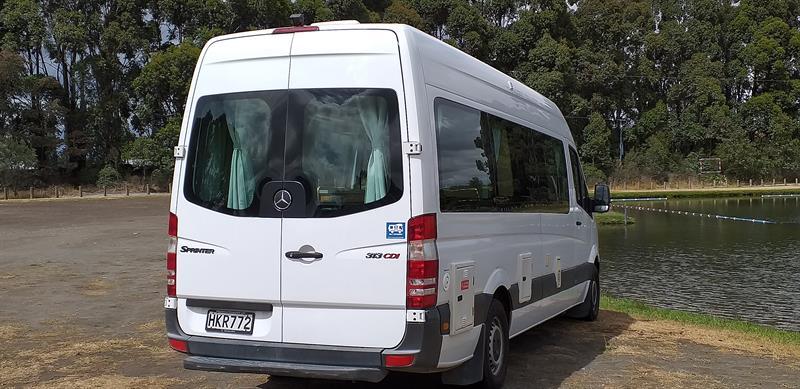 Mercedes Euro Tourer image 19