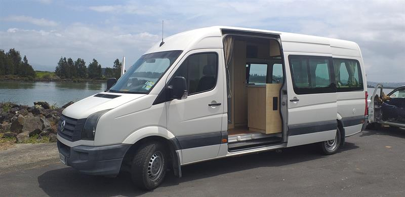 VW Crafter Euro Tourer image 13